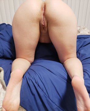 amateur photo My pussy looks so small compared to my ass...[f] [oc]
