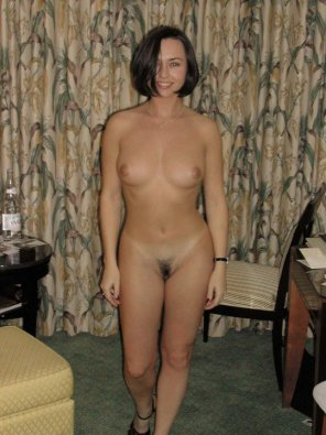 amateur photo A body like that improves any crappy hotel room