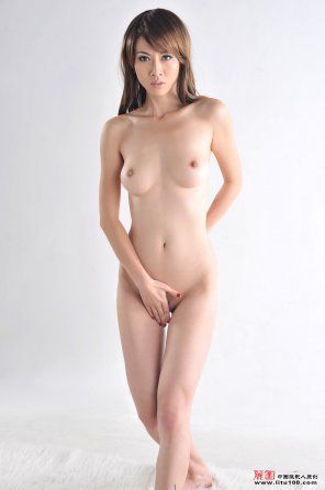 amateur photo Asian beauty