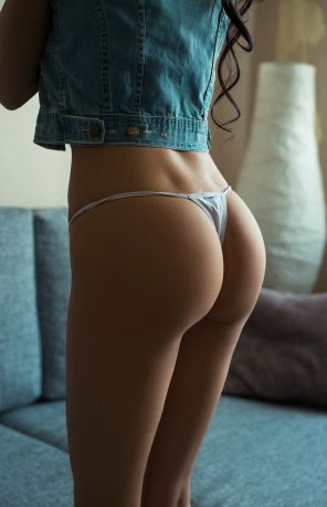 amateur photo Triangle thong