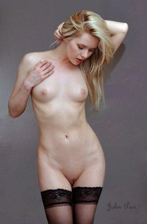 amateur photo Kamila