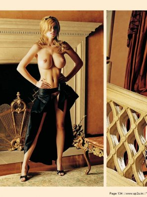 amateur photo Diora Baird's stunning proportions