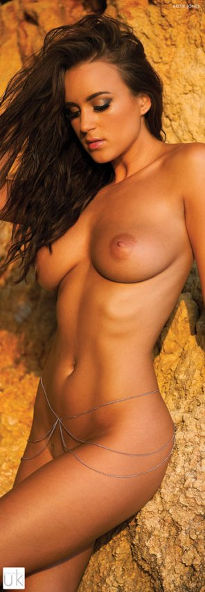 amateur photo Rosie Jones naked