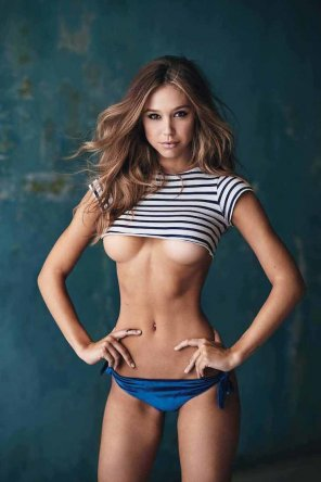 amateur photo Alexis Ren
