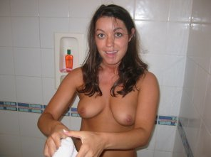 amateur photo Ready to shower
