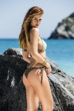 amateur photo Cintia Dicker is unbelievably gorgeous