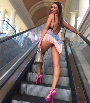 amateur photo Escalator Girl