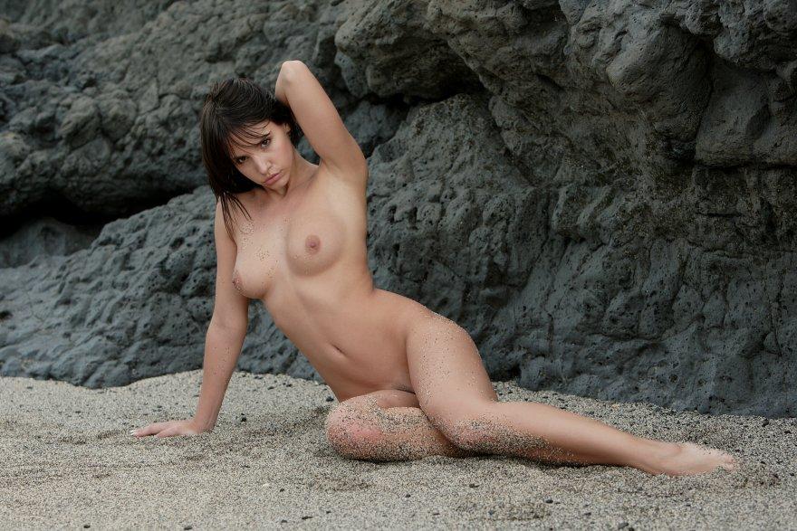 Sandy legs Porn Photo