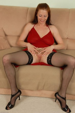 amateur photo Redhead Carol in stockings