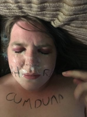amateur photo Writing on her face with eyeliner and cum