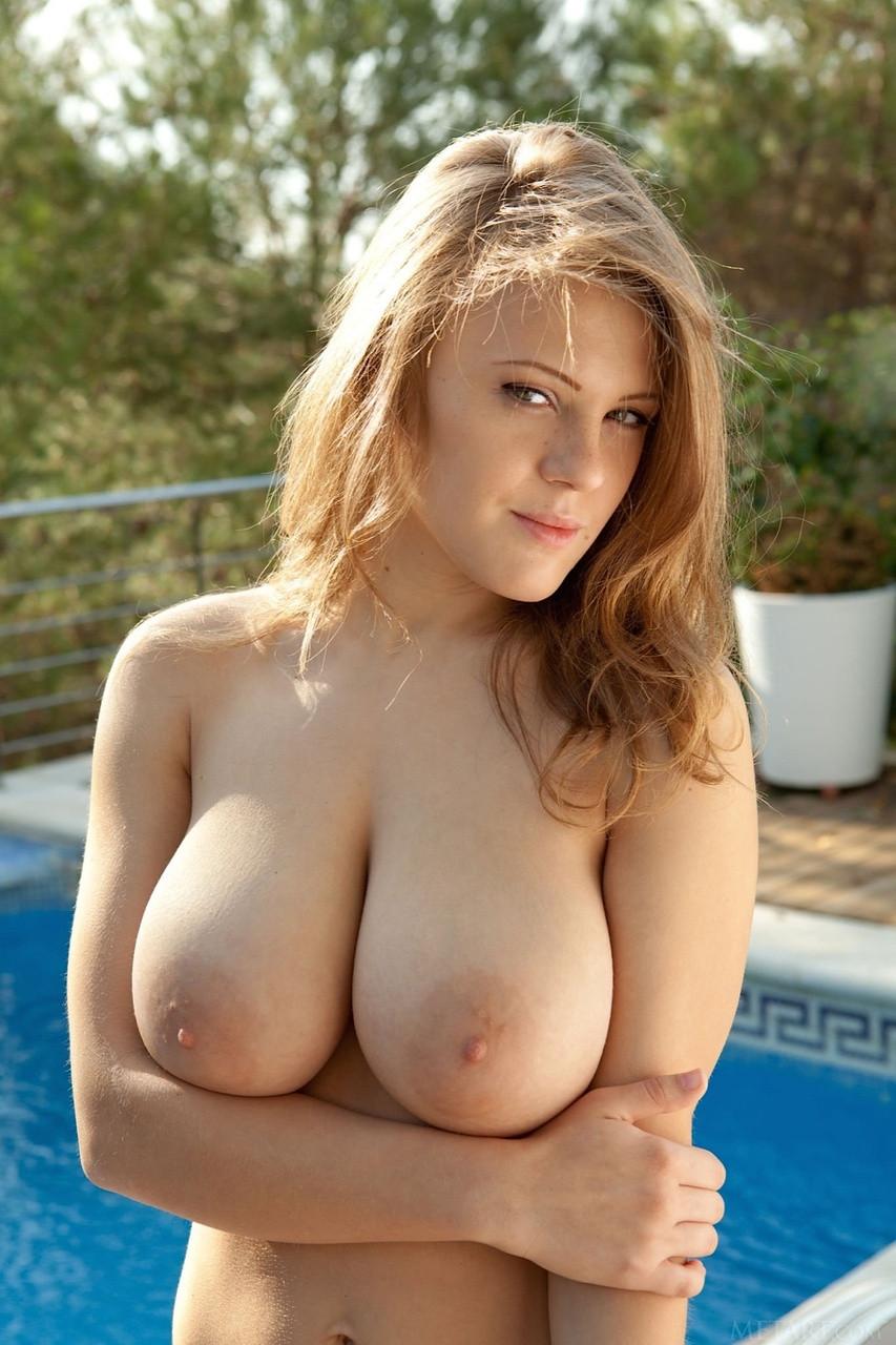Natural Tits Teen Threesome