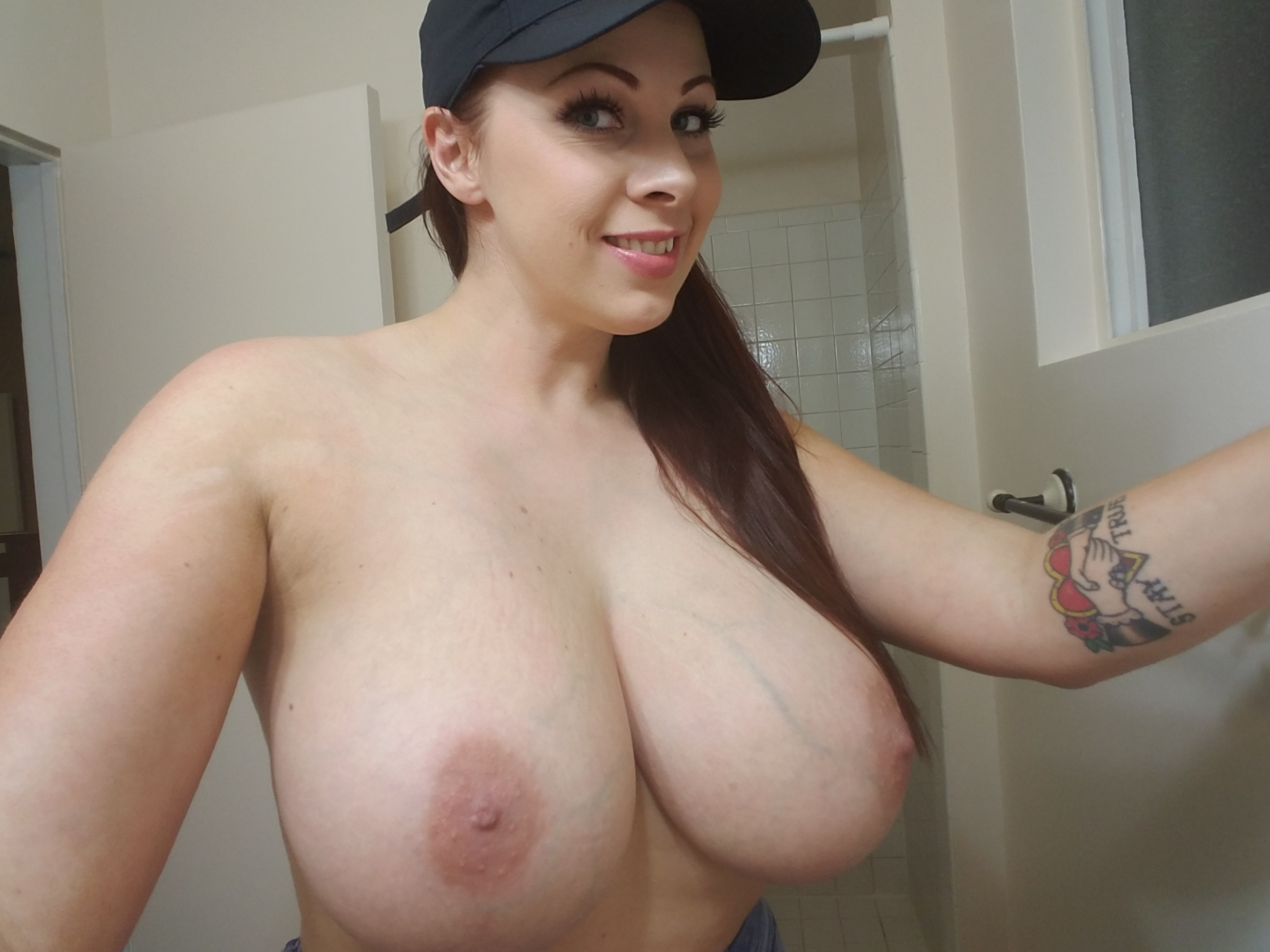 gianna michaels webcam
