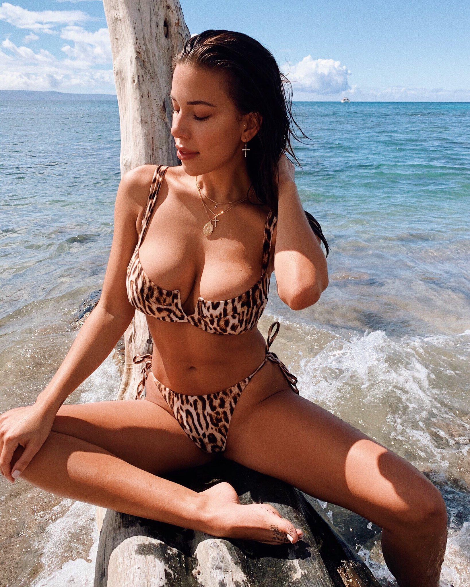sex sleep beauty virgin orgasm pics