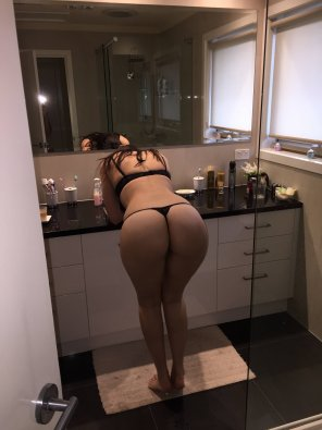 amateur photo Bathroom Ass *HQ