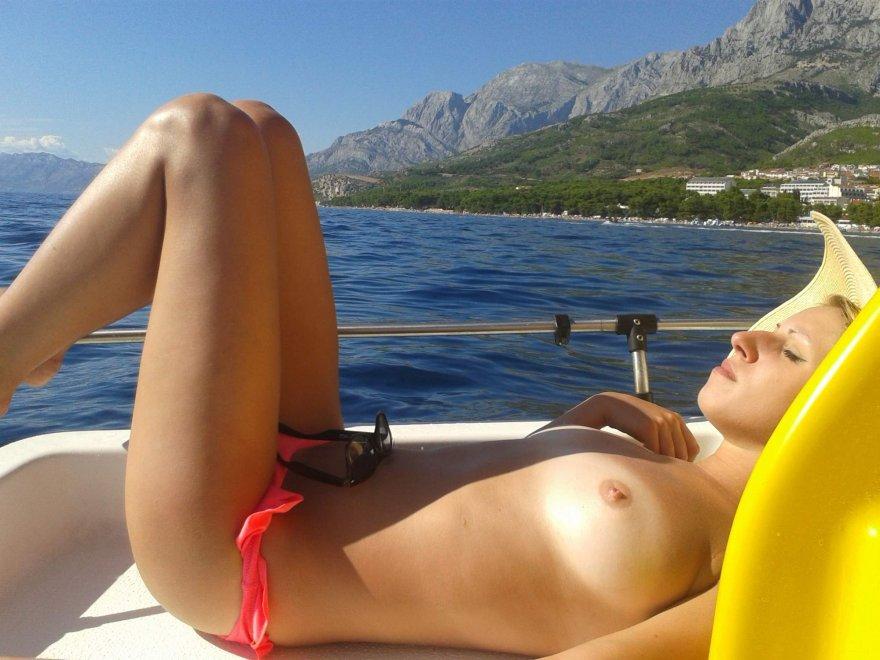 Sunbathing Porn Photo