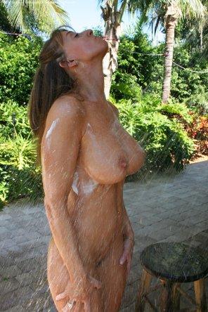 amateur photo Outdoor showers