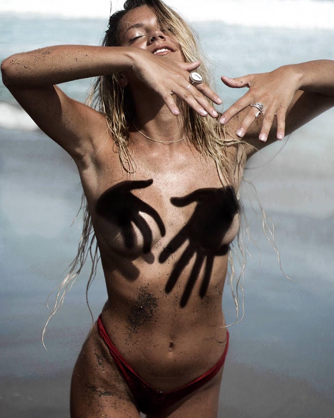 Angela Kinsey Nude kinsey golden porn pic - eporner