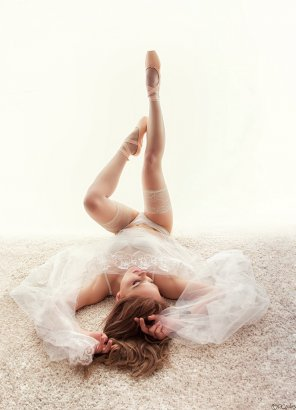 amateur photo Ballerina girl