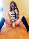 amateur photo Floor Selfie