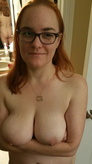 amateur photo IMAGE[Image] [F] Took a new photo just now of my wife's all natural beautiful breasts and quirky smile. Tell us what you think.
