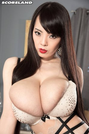 amateur photo Hitomi is seriously bursting