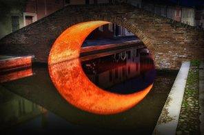 amateur photo Moon bridge