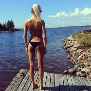 amateur photo Blonde outdoor gap