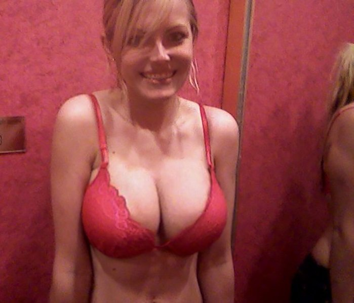 Cute in red bra Porn Photo