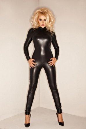 amateur photo Blonde in black