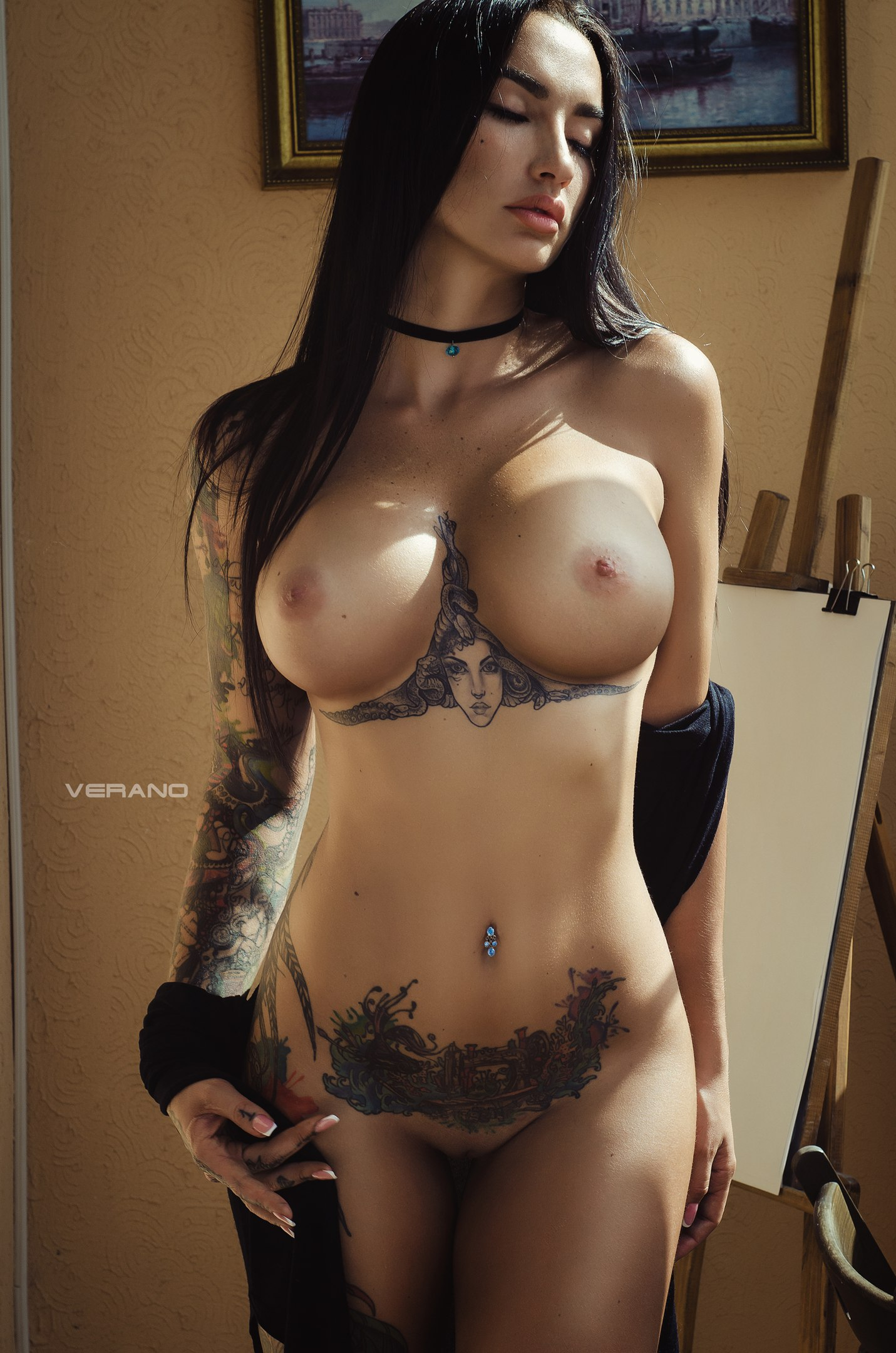 100 Pictures of Angelica Anders Nude