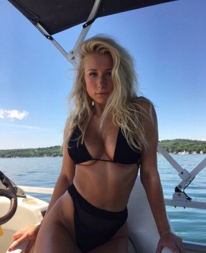 amateur photo Goddess on the lake