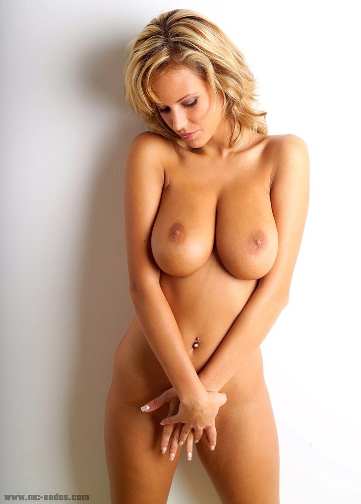 Blonde tits naked milf perfect