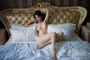 amateur photo Pale as the sheets