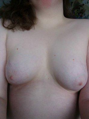 amateur photo Enjoy my ghost nipples 😘