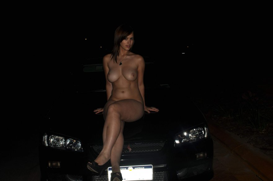 Aussie hood ornament Porn Photo