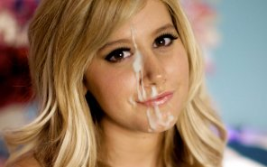 amateur photo Ashley Tisdale