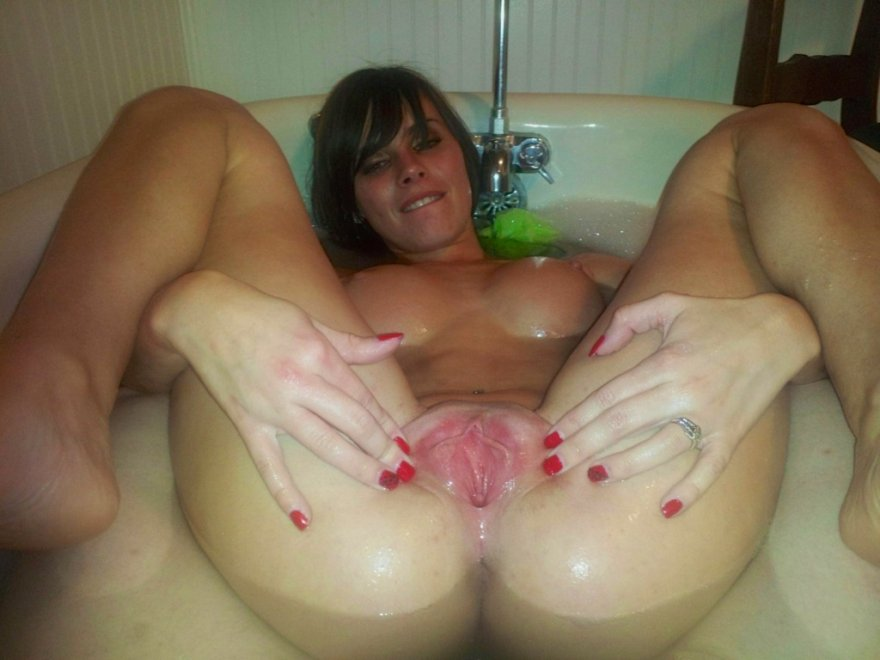 Nice and wet Porn Photo