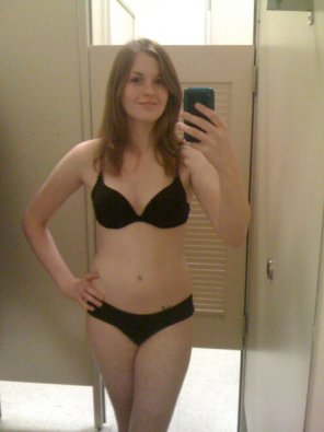 amateur photo Changing room self shot