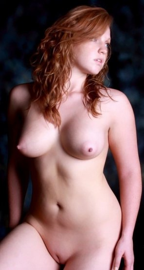 amateur photo Posing nude