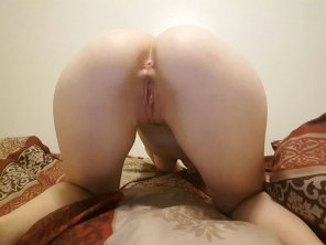 amateur photo Bored, wanting to play