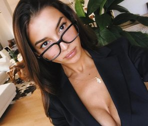 amateur photo valerya with glasses
