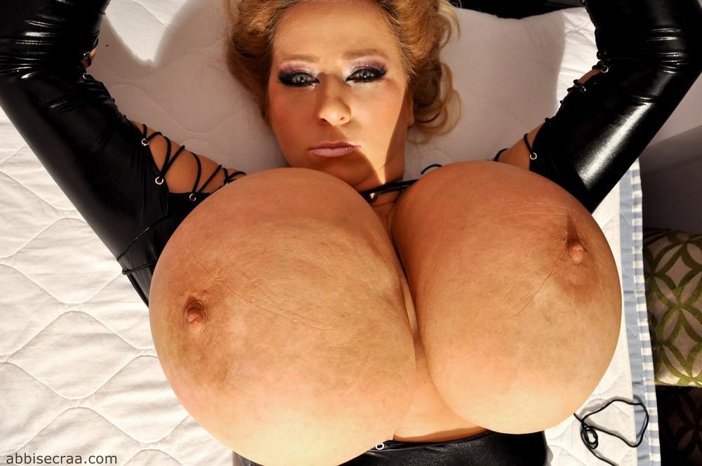 Abbi Secraa Tits