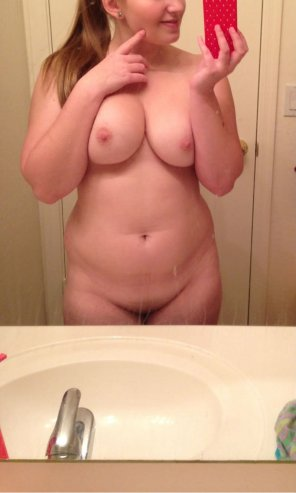 amateur photo Any naughty guy up for some fun and sext ? SC - hotemily99