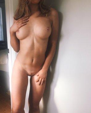 amateur photo Toned body