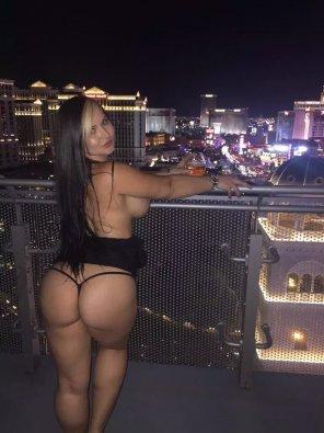 amateur photo Jade Jayden Flashing Ass in the Balcony