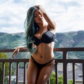 amateur photo Vicki Li framed by some beautiful scenery