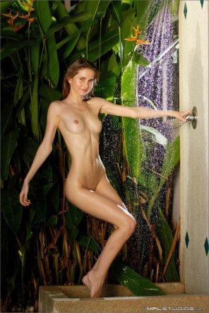 amateur photo Taking a shower