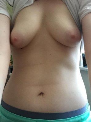 amateur photo IMAGE[Image] Pre shower titties
