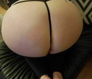 amateur photo Craving a load from a big cock. To kik chat or share pics, pm me.