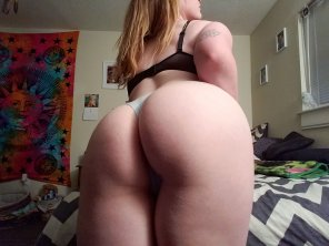amateur photo Hit it [f]rom the back ;)
